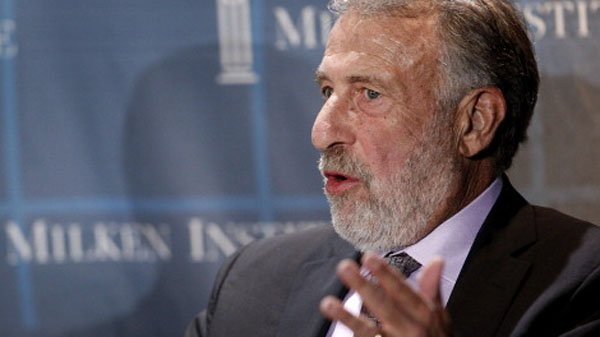 Men's Wearhouse ousts founder George Zimmer