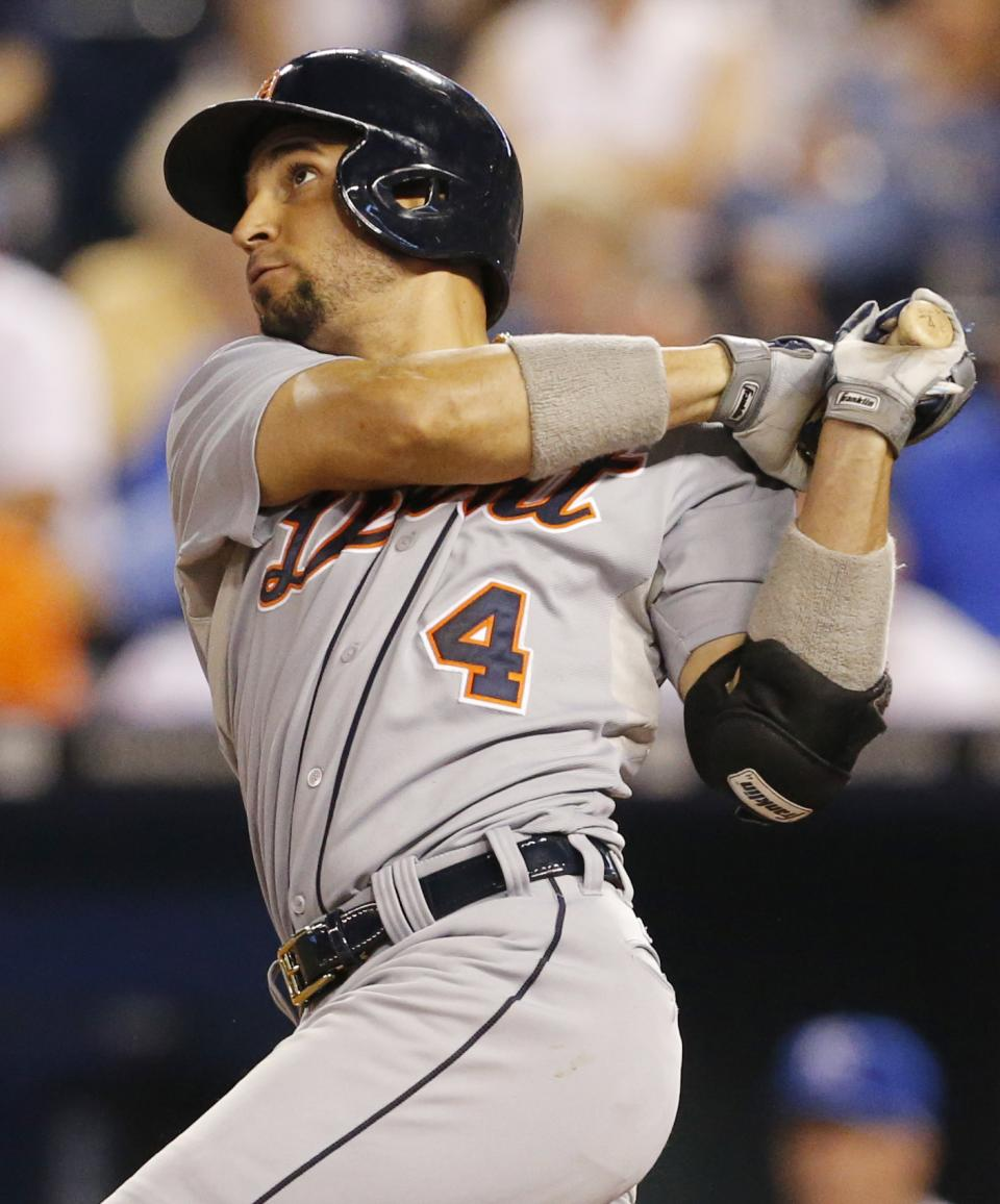 Infante helps Tigers pound Royals 16-2