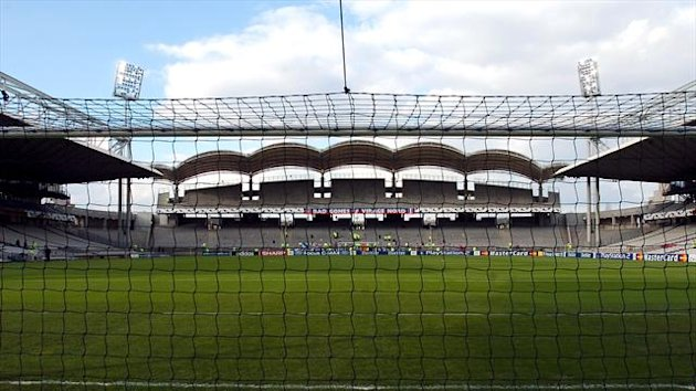 Lyon have called for calm before Tottenham's clash at the Stade de Gerland