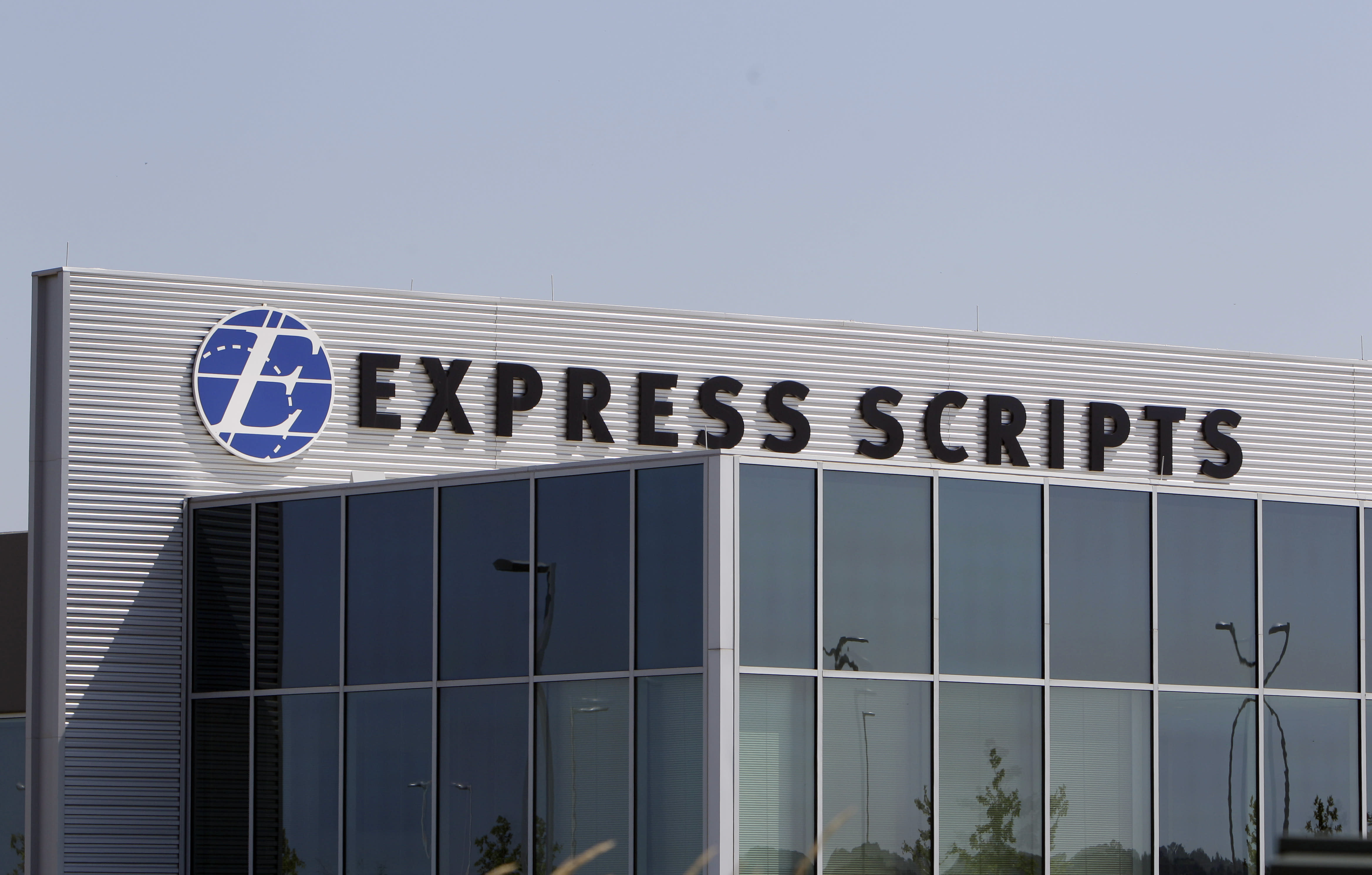 Express Scripts offers low-cost alternative to Turing drug