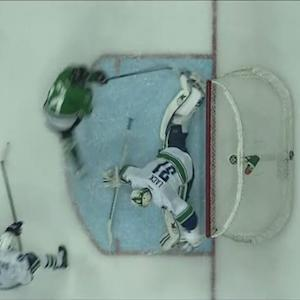 Eddie Lack stretches out to stone Jamie Benn