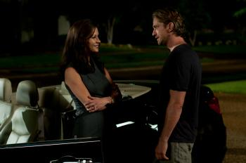'Playing for Keeps' Review: Soccer Rom-Com Is Extended Penalty Kick to the Groin