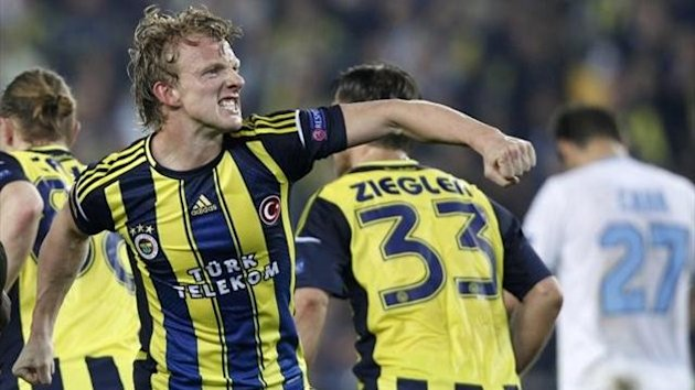 Dirk Kuyt - Fenerbahce vs Lazio - Europa League 2012/2013 (Reuters)