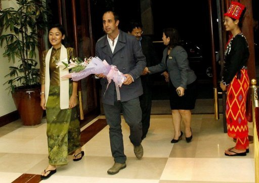 UN Human Rights Special Envoy Tomas Ojea Quintana (C) arrives at a hotel in Yangon at the start of his seven day visit to the country. The United Nations expert on human rights in Myanmar arrived in the country late Sunday, days after the UN voiced fears that efforts to end unrest in Rakhine state had turned into a crackdown on Muslims