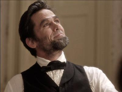 TV Movie Recreates Abraham Lincoln Assassination