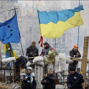 Yanukovich Offers Ukraine Protesters Nothing As Russian Aid Starts