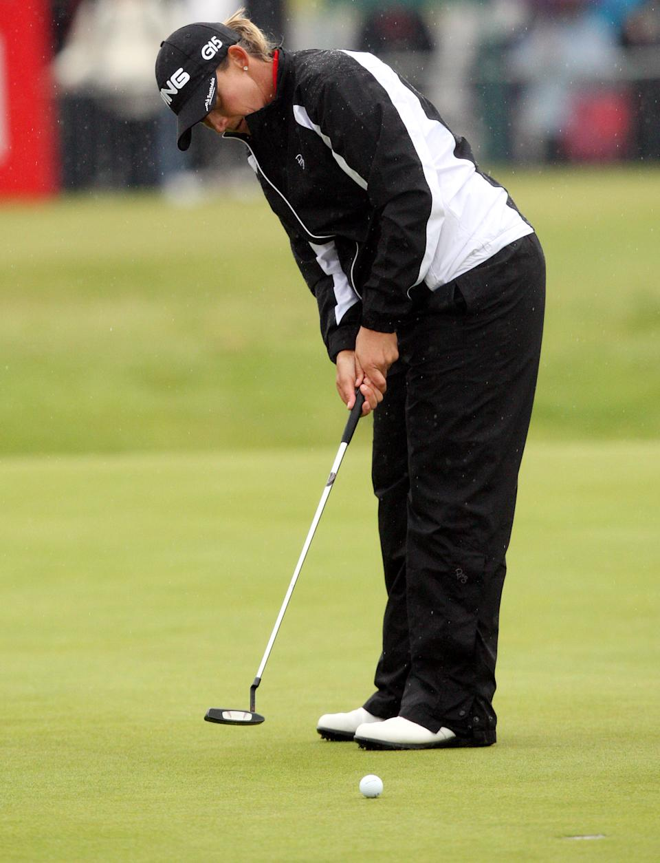 Angela Stanford of the USA, putts on the eighteenth, during the first round of the Women's British Open at Carnoustie Golf Club, Carnoustie, Scotland, Thursday July 28, 2011.(AP Photo/Scott Heppell)