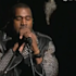"Kanye West dévoile ""New Slates"" et l'inédit ""Black Skinhead"" dans ""Saturday Night Live"""