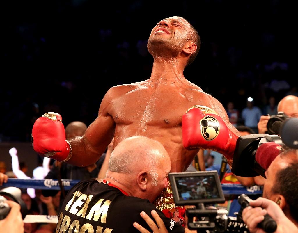 Brook to defend welterweight belt against Chaves
