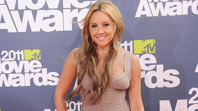 Amanda Bynes' Dad Defends Her After DUI Arrest