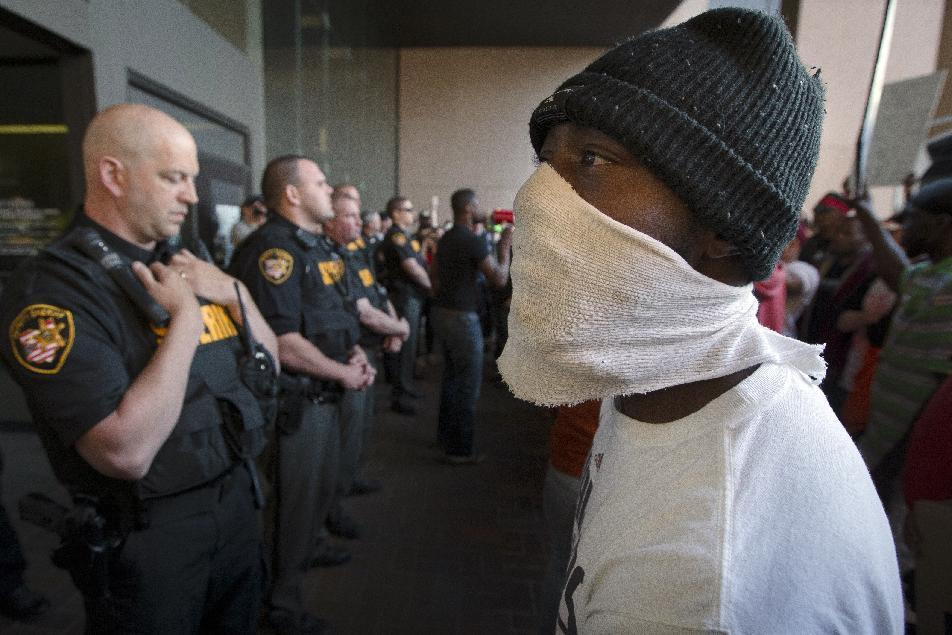 The Latest in Cleveland: Multiple arrests during protests