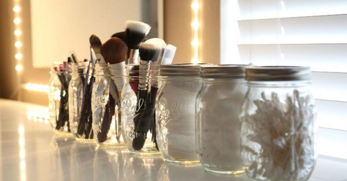 17 Cleverly Cute DIY Beauty Storage Hacks