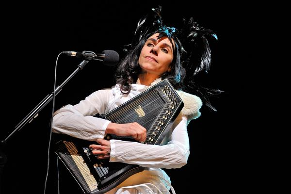 PJ Harvey Releases New Track 'Shaker Aamer' for Guantanamo Detainee