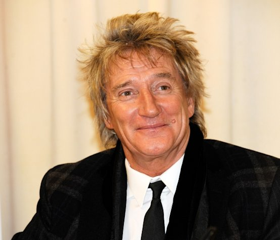Rod Stewart promotes &#39;Rod: The Autobiography&#39; at Barnes & Noble, 5th Avenue in New York City on October 23, 2012 -- Getty Premium