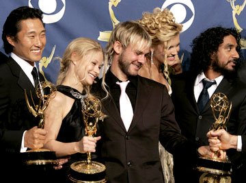 "Daniel Dae Kim, Emilie de Ravin, Dominic Monaghan, Maggie Grace and Naveen Andrews of ""Lost"" 57th Annual Emmy Awards Press Room - 9/18/2005"