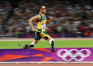 Oscar Pistorius competes in the Men&amp;#39;s 4 x 400m Relay Final (Getty Images)