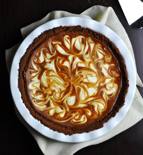 Marbled Sweet Potato and Cream Cheese Pie Recipe