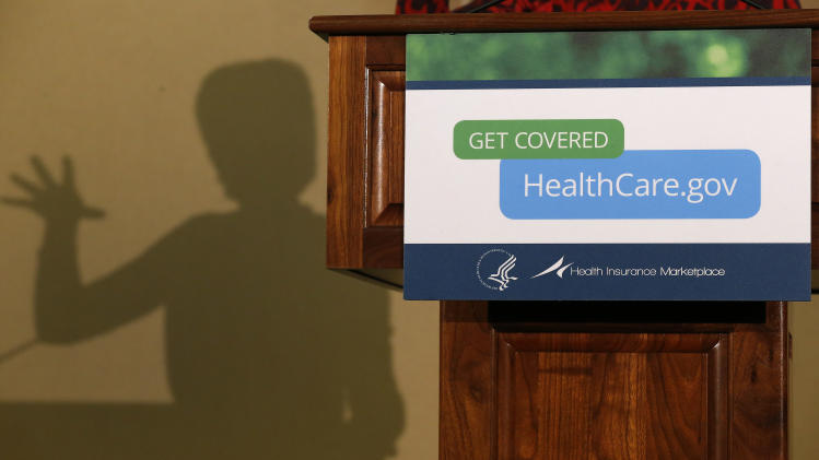 Obama reversal on health plan gets mixed reviews
