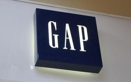 China's JD.com to sell Gap clothing, vying with Alibaba to woo Western brands