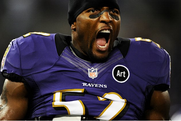 BALTIMORE, MD - SEPTEMBER 23: Linebacker Ray Lewis #52 of the Baltimore Ravens is introduced before playing against the New England Patriots at M&amp;T Bank Stadium on September 23, 2012 in Baltimore, Mar