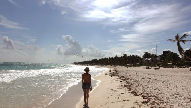 Mexico may drop out of top 10 tourist destinations