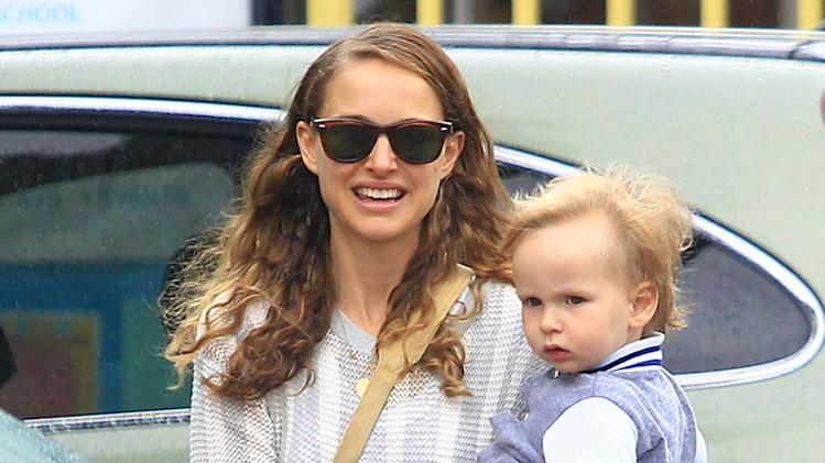 Natalie Portman Takes Aleph To A Community Center