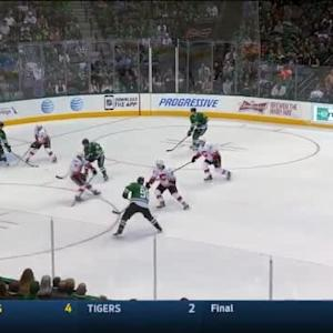 Jonas Hiller Save on Jamie Benn (11:12/1st)