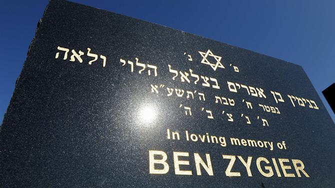"FILE - This Feb 15. 2013 file photo shows the tombstone of Ben Zygier at Chevra Kadisha Jewish Cemetery in Melbourne, Australia. Israel's premier Benjamin Netanyahu denied Tuesday Feb. 19, 2013  that the man known as ""Prisoner X"" , Ben Zygler, worked for Australia's security service and says relations between the countries remains strong. (AP Photo/Andrew Brownbill, File)"