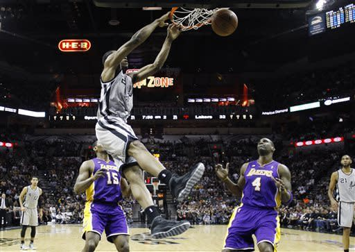 Parker leads Spurs to 102-91 win over Lakers