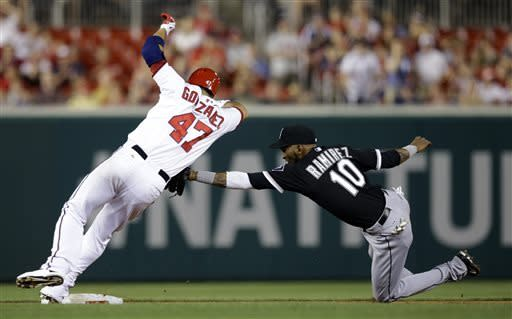 LaRoche's 2 HRs help Nationals top White Sox 8-7