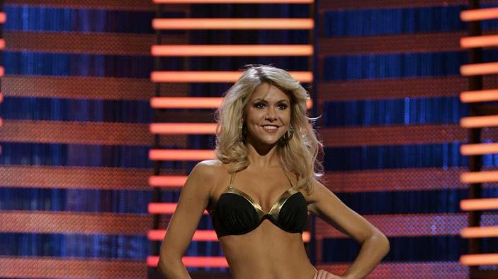 Miss Michigan, Kristen Haglund in the swimsuit competition on The 2008 Miss America Pageant.