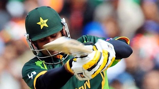 Mohammad Hafeez struck his third hundred in four one-day international matches.