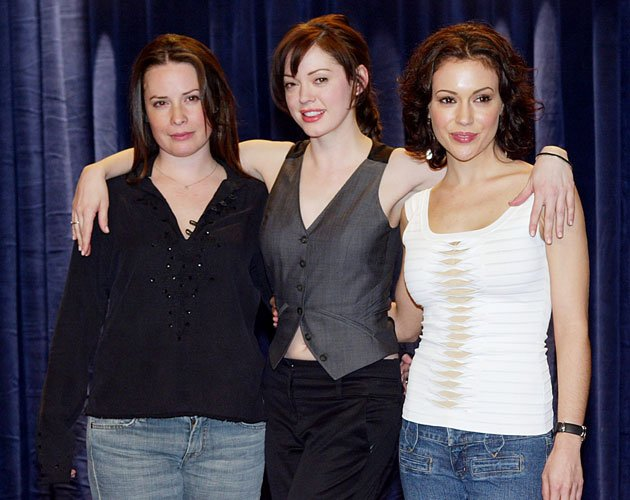 "Die ""Charmed""-Darstellerinnen Holly Marie Combs, Rose McGowan und Alyssa Milano (Bild: Getty Images)"