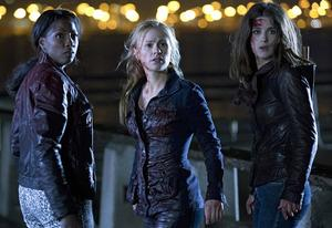 Rutina Wesley, Anna Paquin, Lucy Griffiths | Photo Credits: John P. Johnson/HBO