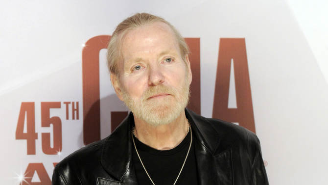 FILE - In this Nov. 9, 2011 file photo, singer Gregg Allman arrives at the 45th Annual CMA Awards in Nashville, Tenn. Allman has told several interviewers this week that he's engaged to his 24-year-old girlfriend, Shannon Williams, and Allman's publicist and manager confirmed the news Friday morning. This will be his seventh marriage. (AP Photo/Evan Agostini, file)