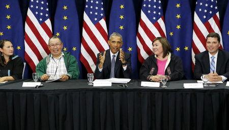 With glaciers as backdrop, Obama uses Alaska trip to push climate agenda