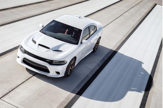 Dodge Charger SRT Hellcat Earns 22-MPG Highway Rating From EPA