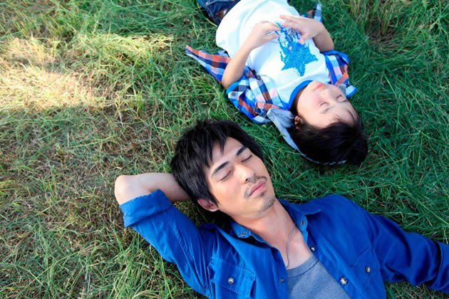 "One of Kho's behind-the-scenes shot for ""Perfect Two"" starring Vic Chou and Xiao Xiao Bin. (Photo by Let There Be Light)"