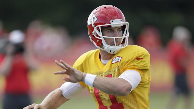 Chiefs QB Smith focusing on football, not contract