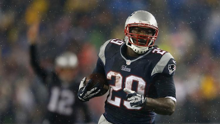 LeGarrette Blount leaves Patriots to sign with the Steelers