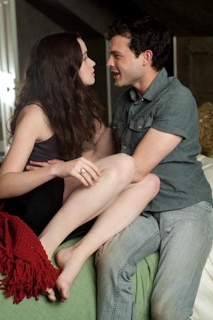 'Beautiful Creatures' Review: Casting Spells with Tongue in Cheek