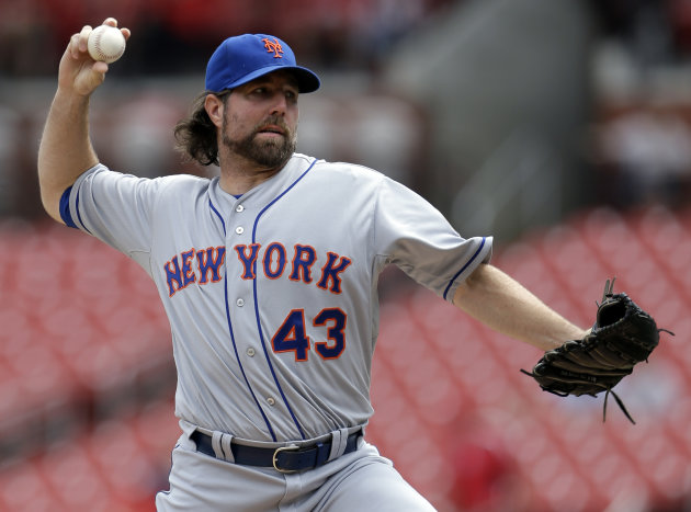 New York Mets starting pitcher R.A. Dickey throws during the second inning of a baseball game against the St. Louis Cardinals Wednesday, Sept. 5, 2012, in St. Louis. Dickey earned his 18th win of the season leading the Mets to a 6-2 win. (AP Photo/Jeff Roberson)