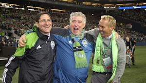 Seattle fans vote overwhelmingly to retain Hanauer as GM