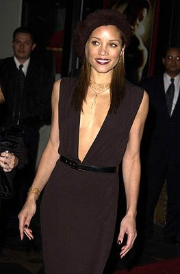 Michael Michele at the Hollywood premiere of Ali