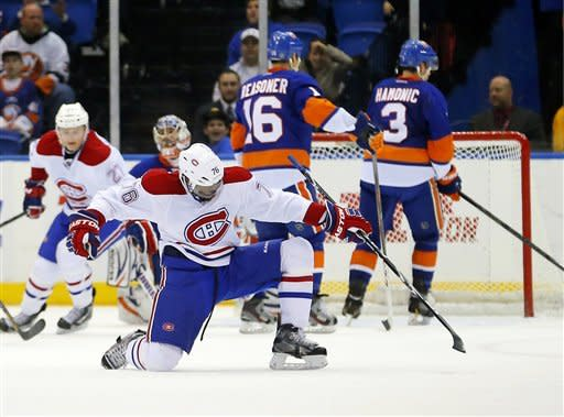 Isles send Habs to 1st regulation loss in month