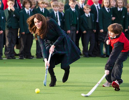 ap_kate_middleton_hockey_kb_ss_121130_ssh.jpg
