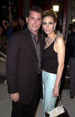 Premiere: Ray Liotta and wife at the Hollywood premiere of New Line's Blow - 3/29/2001 