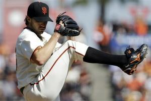 Zito delivers again as Giants beat D-backs 7-3