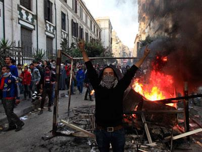 Egypt Gripped by Turmoil, Deadly Rioting