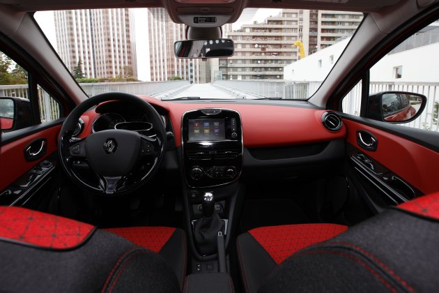 Renault+clio+dashboard+removal